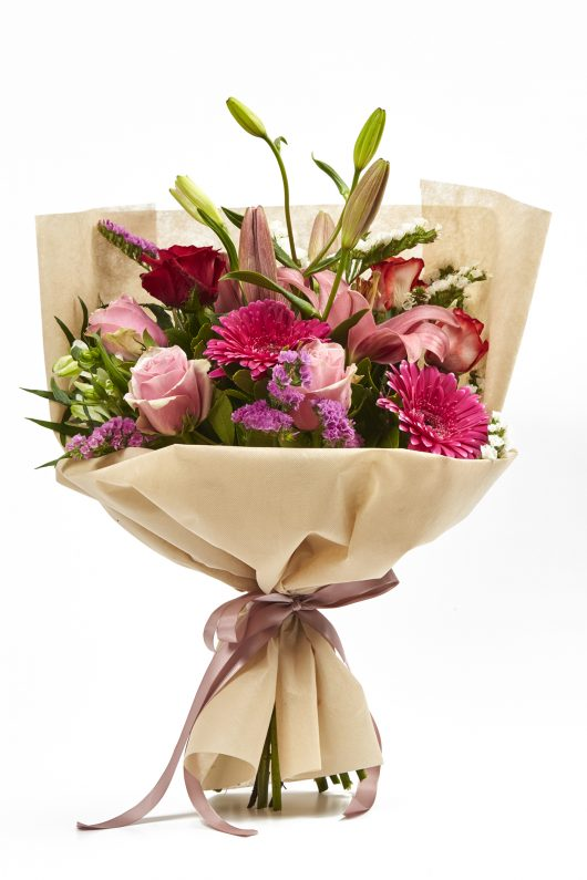 Μπουκέτο Λουλουδιών με Διάφορα Άνθη